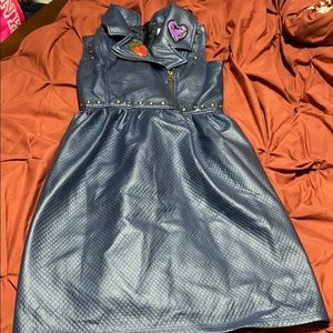 Disney descendants blue studded heart dress 9/10